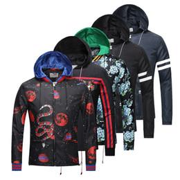 Wholesale Coat Italy Brand - 2017 winter Luxury italy Brand windbreaker jacket medusa floral print jackets Men casual long sleeve outerwear hooded jackets coats Hmme
