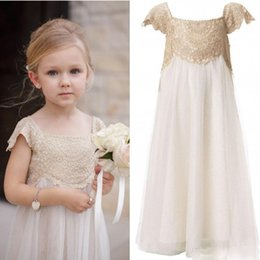 Wholesale Cheap Girls Shirts Shorts - 2017 Vintage Flower Girl Dresses for Bohemia Wedding Cheap Floor Length Cap Sleeve Empire Champagne Lace Ivory Tulle First Communion Dresses