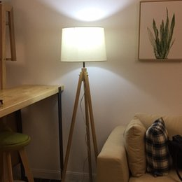 2019 lâmpadas de chão para piano Estudo quarto sala de estar levou proteção para os olhos lâmpada de assoalho lâmpada de iluminação de leitura criativo moderno simples piano vertical lâmpadas de assoalho Tripé lâmpada