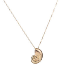 Wholesale Snail Pendant - New Gold Seashell Necklace Ariel Voice Shell Necklace Spiral Sea Snail Necklace Ocean Beach Conch Necklaces jl-040