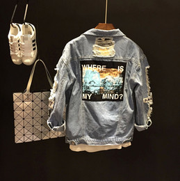 одежда для нищих Скидка Wholesale- spring summer new design Badge patch style tooling blue hole beggar denim jacket swag women girl clothes casualstyle outfit