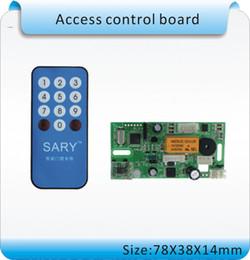guardie di carte Sconti Wholesale- SY-1688E 125KHZ RIFD incorporato controller guardia d'ingresso, scheda di controllo di accesso, utenti registrati remoter + 10pcs carta d'identità
