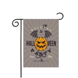 bandiere decorativi da giardino Sconti 30 * 45 cm 9 stile Halloween Bandiere da giardino Banner Decorazioni decorative Articoli per la casa per feste Appeso bandiera in poliestere Decorazioni di Halloween