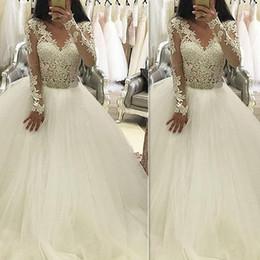 Canada Robes de mariée robe de bal en dentelle Vintage Tulle 2018 manches longues col V Custom Made Robes de mariée Vestidos De Novia importé Chine Offre