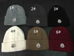 nuovo cappello all'ingrosso del cappello lavorato a maglia caldo ICON del ricamo di modo per il cappello del cranio di marca dei berretti invernali delle donne degli uomini da