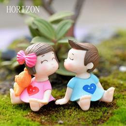1Pair Sweety Lovers Coppia Figurine Miniature Fairy Garden Gnome Moss Terrarium Artigianato in resina Decorazione Accessori da