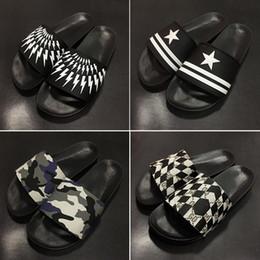 Wholesale Designer White Sandals For Women - 2017Fashion slide sandals slippers for men and women WITH BOX Hot Designer flower printed unisex beach flip flops slipper BEST QUALITY