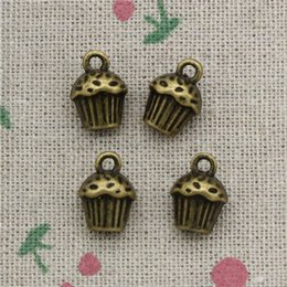 Wholesale cupcake cake plate - 52pcs Charms 3D cupcake cake 13*10*8mm Antique Bronze Vintage Pendants For Jewelry Making DIY Bracelet Necklace