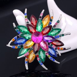 Wholesale Wedding Invitations Asian - Austrian Crystal Brooch Pins For Women Top Quality Flower Broches Jewelry Fashion Wedding Party Invitation Bijoux Broche Femme 170805