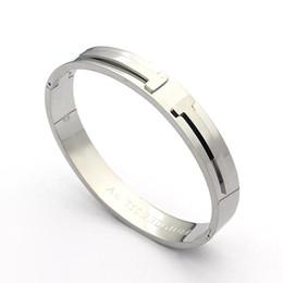Bracelete selvagem on-line-Atacado pulseira de aço de titânio de alta qualidade dupla T pulseira aberta rosa de ouro pulseira selvagem senhoras estilo europeu e americano