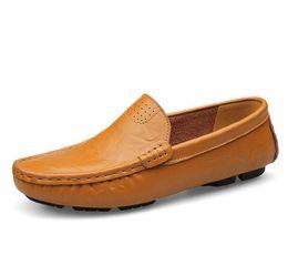 Wholesale Comfy Shoe Brands - Big Size 38~47 High Quality Genuine Leather Men Shoes Soft Moccasins Loafers Fashion Brand Men Flats Comfy Driving Shoes G687