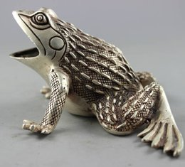 frog carvings Promo Codes - Collectible Decorated Old Handwork Tibet Silver Carved Frog Statue free SHIPPING