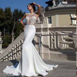Wholesale Silver Dress Small Train - 2017 Small round neck Lace decals Bead Mermaid Wedding Dresses Perspective sexy woman vintage wedding dress exposed waist wedding gowns