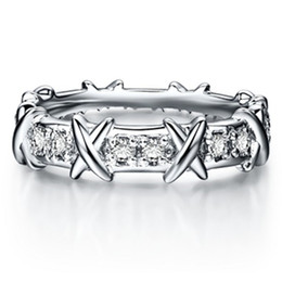 Top Brand Style X Shape Diamante Sintético Mujeres Anillo de Bodas Joyería de Plata Esterlina Perfecto Día de Aniversario de Regalo para Ella desde fabricantes