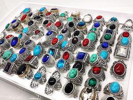 Style antique vintage en Ligne-En gros Beaucoup Mix Style Antique Argent Vintage Bijoux Pierre Pierres Précieuses Anneaux Pour Homme Femmes Meilleur Cadeau Anneau
