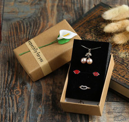 Wholesale Earring Gift Cases - Wholesale jewelry set Gift Box earring bracelet ring necklace Kraft paper square Jewelry Sets Display Box flower case boxes