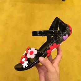 Canada fashionville ~ u741 40 noir véritable verni fleur plage casual sandales plates été mode p luxe Offre