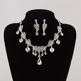 Wholesale Photo Earrings - Delicate Luxury Crystal Rhinestone Wedding Bridal Necklace Earrings Set Photo Bride Accessories Evening Prom Party Homecoming Jewelry Hot