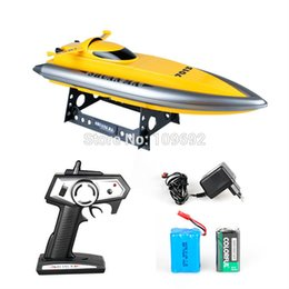 Wholesale Rc Model Boats Electric - Wholesale- 2015 new Double Horse DH7013 2.4G high-speed RC boat Speedboats Navigation model Electric remote control toys wholesale children