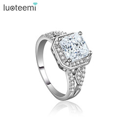 Wholesale Bague Color - Engagement Ring for Women White-Gold Color Wedding Square CZ Crystal Jewelry Trendy Bague Luxury Bijoux Accessories LUOTEEMI