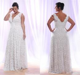 2019 robes à manches longues Full Lace Plus robes de mariée taille avec amovible manches longues col en V robes de mariée longueur de plancher une robe de mariage en ligne promotion robes à manches longues