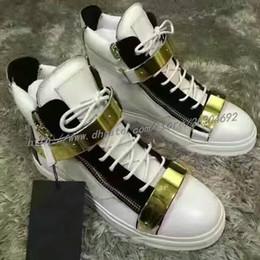 Baskets en cuir véritable de femmes en gros blanc Italie chaussures de luxe unisexe formateurs Marque Mens Sneakers double en métal de mode chaussures de sport ? partir de fabricateur