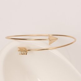 Wholesale Jewelry Bracelets Manufacturers - Wholesale design of new small jewelry simple personality material rose gold alloy arrow open hard bracelet wholesale manufacturers