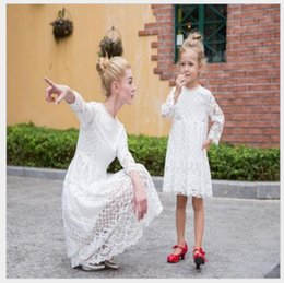 Wholesale New Look Summer Dresses - Mother Daughter Dresses 2017 New Autumn Lace Hollow Mother Daughter Matching Clothes Family Look Girl And Mom Clothing