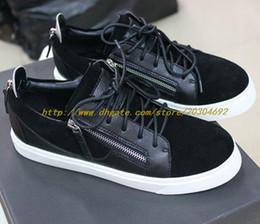 Zapatillas de deporte al por mayor de los hombres zapatos de cuero de color negro con doble cremallera y caja de deporte zapatos de mujer casuales con cordones de metal hombres zapatillas de deporte desde fabricantes