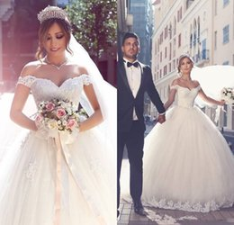 Wholesale Glamorous Empire Sweetheart Dress - Glamorous Off-the-shoulder 2017 Lace Wedding Dresses Tulle Ball Gown Floor Length Bridal Gowns Custom Made Vestido De Noiva