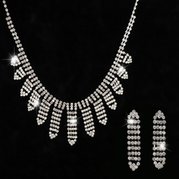 Wholesale Crystal Droplet Necklace - Fashion Austrian crystal leaf water droplets women Long earrings silver plated necklace suit wedding jewelry set
