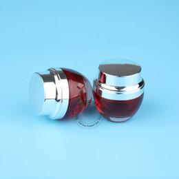 2020 oz contenitori all'ingrosso 10pcs / Lot Vetro all'ingrosso 30g Barattolo di crema rossa Donne nere cosmetico 30ml Crema per gli occhi Contenitore riutilizzabile 1 OZ Bottle Silver Cap sconti oz contenitori all'ingrosso