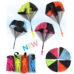Wholesale Outdoor Sports Games For Kids - Outdoor hand throwing parachute children skydiver toy soldier man hand throw parachute for kids sport game cady colors DHL free
