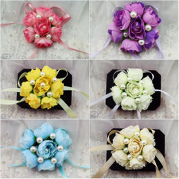 Wholesale Silk Champagne Bridal Bouquets - 7 Silk Flowers Bridal Wrist Corsages 2017 with Pearl Pink Purple Champagne Blue Cream White Bridesmaid Wrist Corsage for Party Evenings Prom