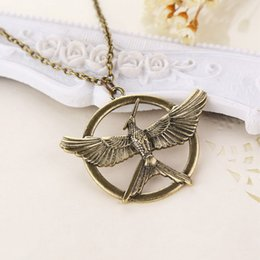 Wholesale hunger games wholesale - 3 colors The Hunger Games Necklaces Inspired Mockingjay flight Pendant Necklace unisex bird model movie jewelry 160554