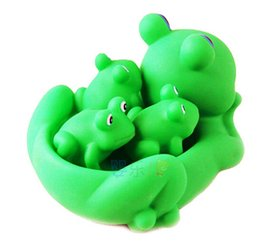 Wholesale Frog Floats - Wholesale- Baby bath toy squeeze sound Waterplay rubber green bath toy Frog cartoon pool tub swim animal Brinquedo Bathroom float squeaky