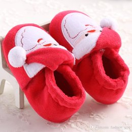 Chaussures à chaussures mignonnes à vendre-Hot Sale Cute Christmas Unisex Warm Baby Slippers Newborn First Walkers Prewalker Chaussures Santa Claus Bebe Booties Winter Baby Red Shoes