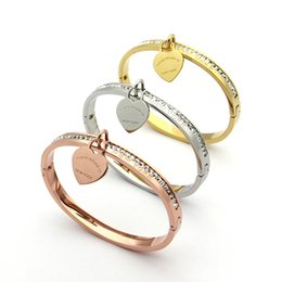 Wholesale Crystal Drill - Titanium steel jewelry wholesale T letter peach heart single row drill bracelet single peach heart bracelet 18K gold ladies bracelet