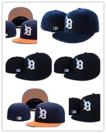 Wholesale New Mlb Hats - New Arrival MLB Detroit Tigers Baseball Cap Front Logo Alternate Fitted Hat wicks away sweat Adult Sport With Box