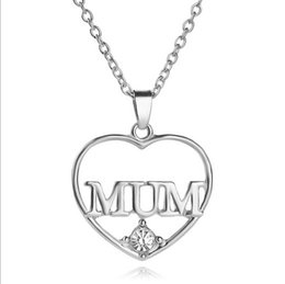 Wholesale Woman S Heart Link Chain - Fashion Mother 's Day Necklace Mum Love Hollow Heart Shape Pendant Pave Crystal Imitation Diamond Women Trendy Jewelry Gifts