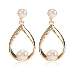 Wholesale Tin Cans For Gifts - 2017 New Imitation Pearl color white and glazed gray earrings can be used for opening ceremonies and anniversary celebrations