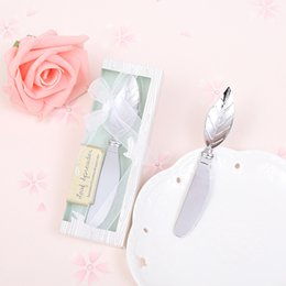 Wholesale small wedding gift boxes - Leaf Shape Cake Pollisher Cream Knives Alloy Practical Tools Delicate Box Packing European Style Creative Wedding Small Gift 3lw F R