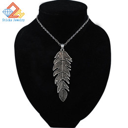 Wholesale Horn Shaped Pendants - New Arrival Chokers Necklaces Women Link Chain Collar Jewelry Korean Metal Leaf-shaped Necklace Luxury Jewelry Accessories