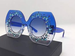 Wholesale Round Wraps - 4315 Luxury Brand Sunglasses Large Frame Elegant Special Design Inlaid Colorful Diamond Frame Built-In Circular Lens Top Quality With Case