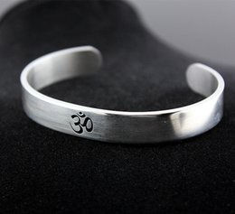 Wholesale Cool Yoga - Cool Men Women's Silver Tone AUM OM Ohm Hindu Buddhist Hinduism Yoga India Stainless Steel Cuff Bangle Bracelet Jewelry MB194