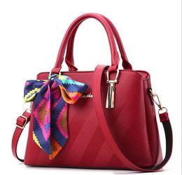 Wholesale Designer Handbag Painted - 2016 NEW Women's Tote bags Designer handbags messenger bags Embossed fashion women bag paint women messenger bag Free shipping