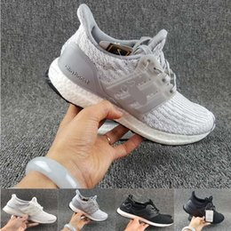 Wholesale Fabrics Papers - 2017 fashion Ultra Boost 3.0 Core Black real boost Men and women Casual Shoes with double box paper bags and receipts ultraboost ronnie fieg