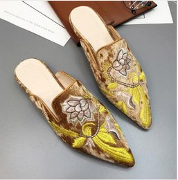 Wholesale Velvet Slippers Women Blue - summer fashion Lady sandal Pointed Toe flat chinese embroider mule loafer slide female velvet slipper Lotus sexy shoe women