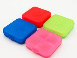 100 шт. / лот 4 сетки пластиковые Pill box case организатор ящик для хранения Таблетки разветвители для путешествий 4 цвета с розничной коробке от