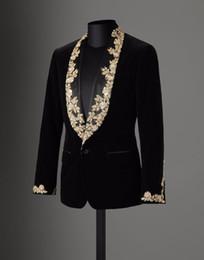 pajarita negra traje gris Rebajas Hecho a medida 2017 nuevo otoño invierno negro terciopelo oro encaje apliques esmoquin para hombre de la boda trajes de fiesta de fiesta blazer masculino chaqueta de abrigo